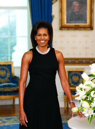 First_Lady_Michelle_Obama_Official_Portrait_2009_HiRes